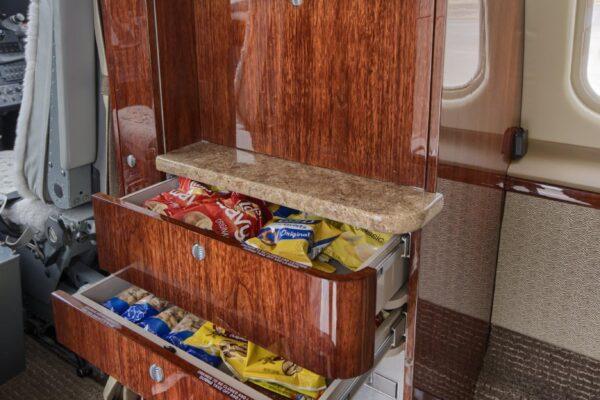 Learjet 60 Snacks