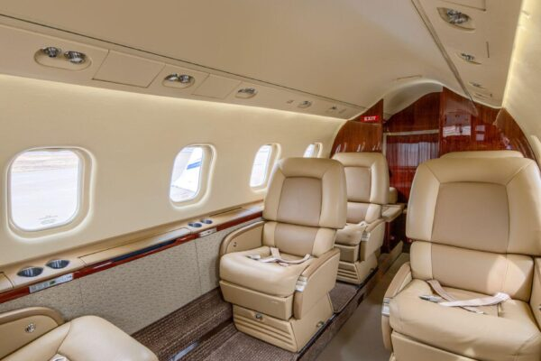 Learjet 60 Interior Seating